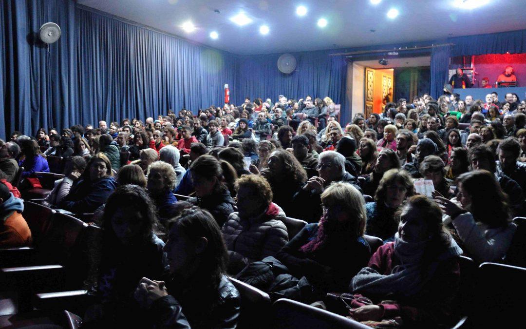 Nuevas funciones gratuitas en el teatro